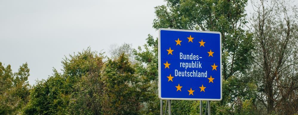 Net over de grens gaan tanken in Duitsland